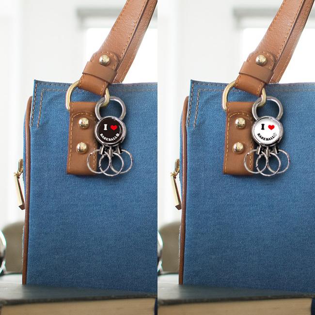 3連キーホルダー スマイル柄 野球 使用例 女性用バッグ
