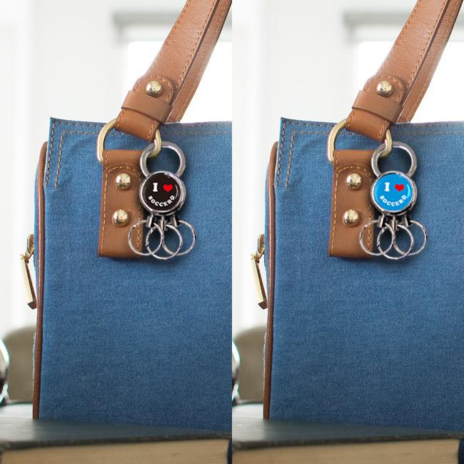 スマイル柄 3連キーホルダー 使用例 女性用バッグ