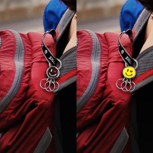 3連キーホルダー スマイル柄 テニス 使用例 バックパック
